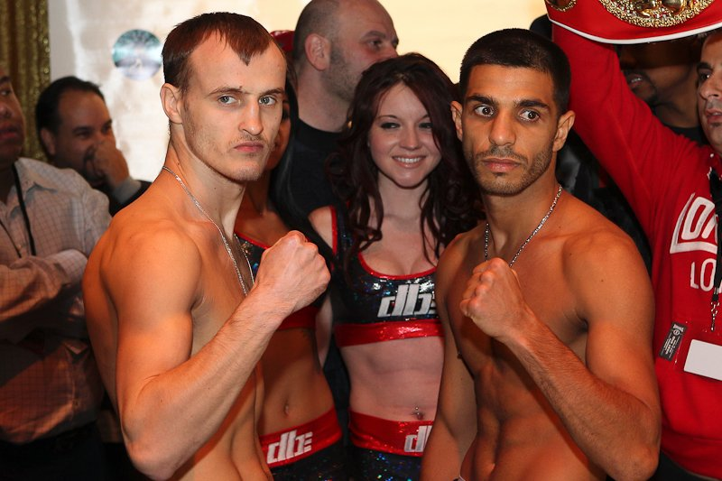 http://www.aus-boxing.com/wp-content/uploads/2013/03/Dib-vs-Gradovich-Weigh-In.jpg